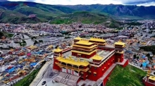 gyegu_prayer_house_in_tibet